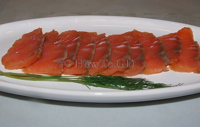 How to make smoked salmon at home
