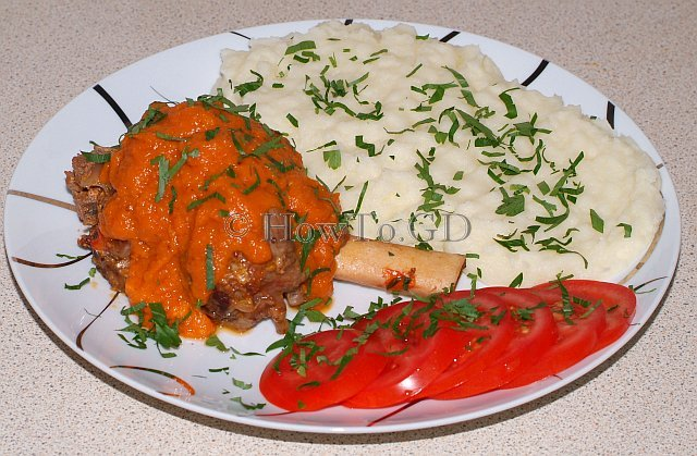 How to cook lamb shanks with tomato and mustard
